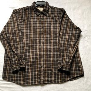 Men St John's Bay button down brown flannel shirt